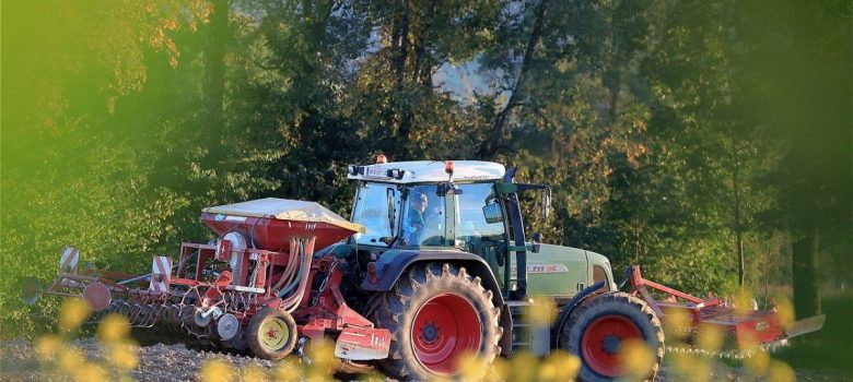 Sensori e comandi elettronici per veicoli industriali ed agricoli