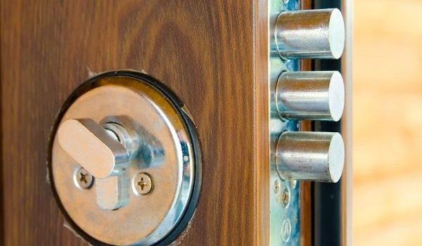 Metodi per aprire una serratura senza chiave