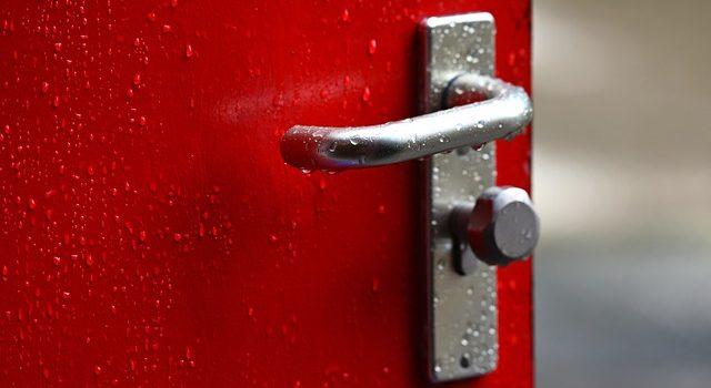 Problemi alla maniglia della porta bloccata come risolverli